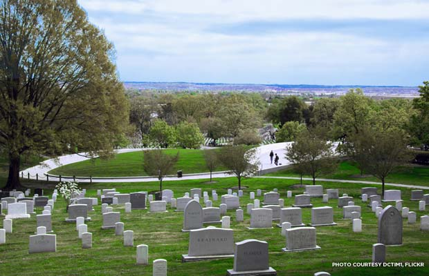 Standing on Custis Walk, looking southeast across Section 30 at Arlington National Cemetery. Credit: dctim1, flickr