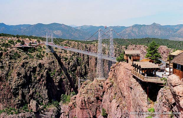Royal Gorge Bridge, Colorado. Credit: Larry D. Moore, Flickr