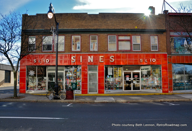 Sine's 5 & 10 Cent Store, Quakertown, Pa. Lunch Counter Exterior. RetroRoadmap.com. Credit: Beth Lennon