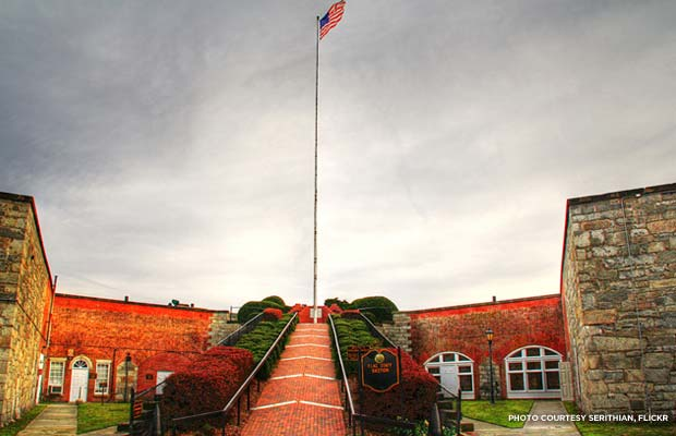 Fort Monroe flagpole. Credit: Serithian, Flickr