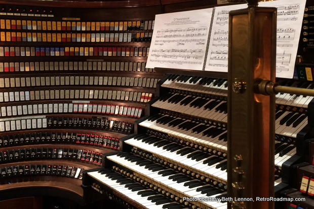 The Wanamaker Organ console. Credit: Beth Lennon, RetroRoadmap.com