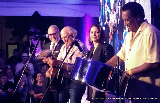 Emilio Estefan, Jimmy Buffett, Gloria Estefan, and Greenidge perform. Credit: National Trust for Historic Preservation
