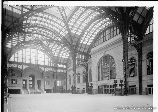 Penn Station, empty concourse, 1905-1915. Credit: Library of Congress