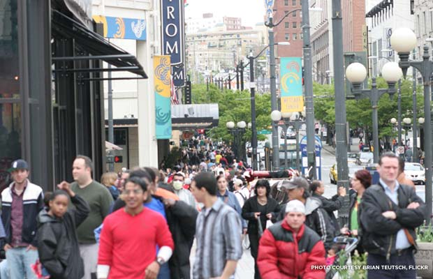 Crowded street in Seattle. Credit: Brian Teutsch, Flickr