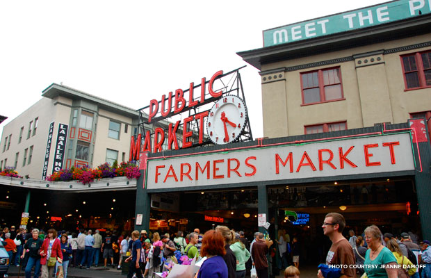 140724_blog_photo_MeetSeattle_PikePlaceMarket_JeanneDamoff