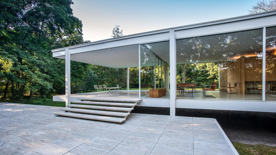 Farnsworth House National rust for Historic Preservation - ^