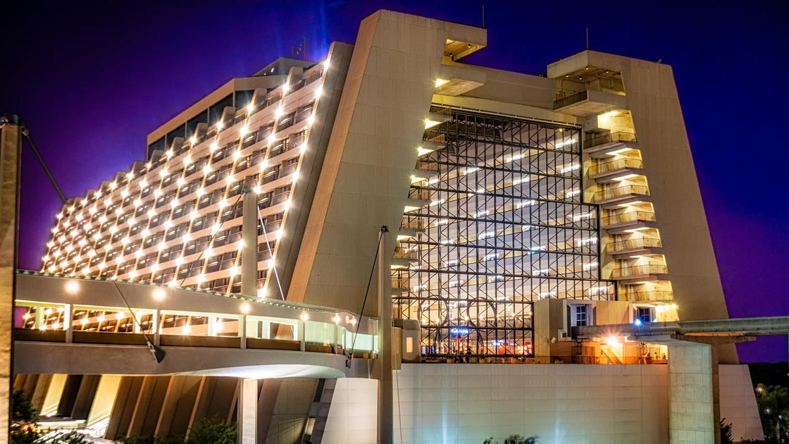 In defense of walt disney world 39 s contemporary resort for Contemporary hotels nyc
