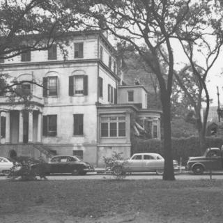 Juliette Gordon Low House before restoration early 50s view