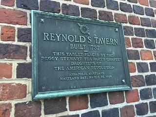 Commemorative plague at Reynold's Tavern