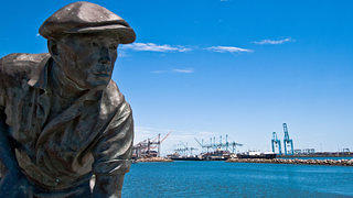 The Bronze Nisei Fisherman Sculpture on Terminal Island.