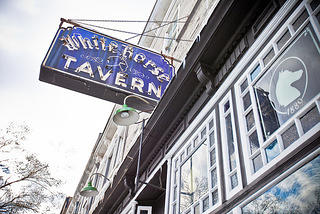 White Horse Tavern sign