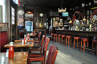 White Horse Tavern interior