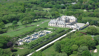 Oheka Castle aerial view