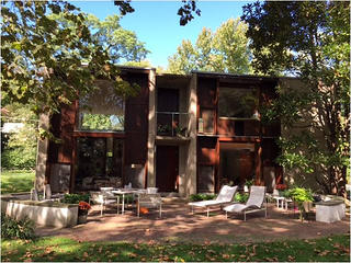 Exterior view of Louis Kahn's Esherick House