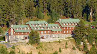 Crater Lake Lodge Exterior (1
