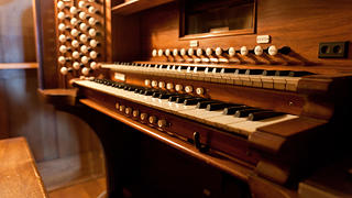 Skinner Player pipe organ