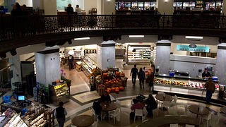 Overhead view of the Heinen's food court.
