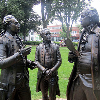 Statue depicting the meeting of General George Washington and Colonel Alexander Hamilton with the Marquis de Lafayette.
