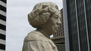 A statue of Eudora Welty in downtown Jackson, Mississippi.