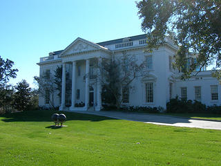 Old Governor's Mansion in Baton Rouge. Sourced from Flickr.