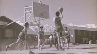 Internees play basketball