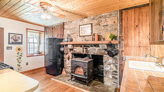 1789 Stone Farmhouse - Kitchen