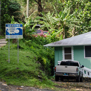 Tsunami threat sign in Tutuila, American Samoa. Credit: Eli Keene.