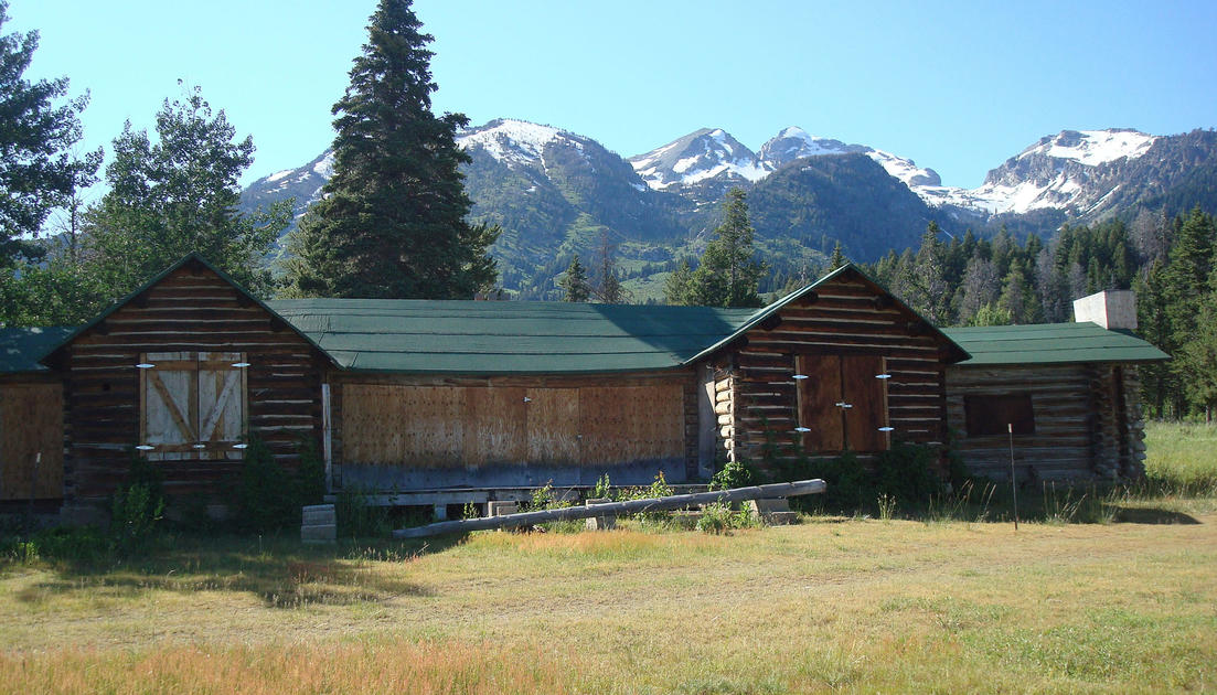 bim pix jpg grand c teton cabins s img dornan media jackson ranch hole uploaded log spur
