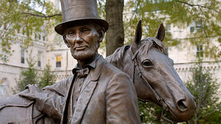 Statue of Lincoln with horse