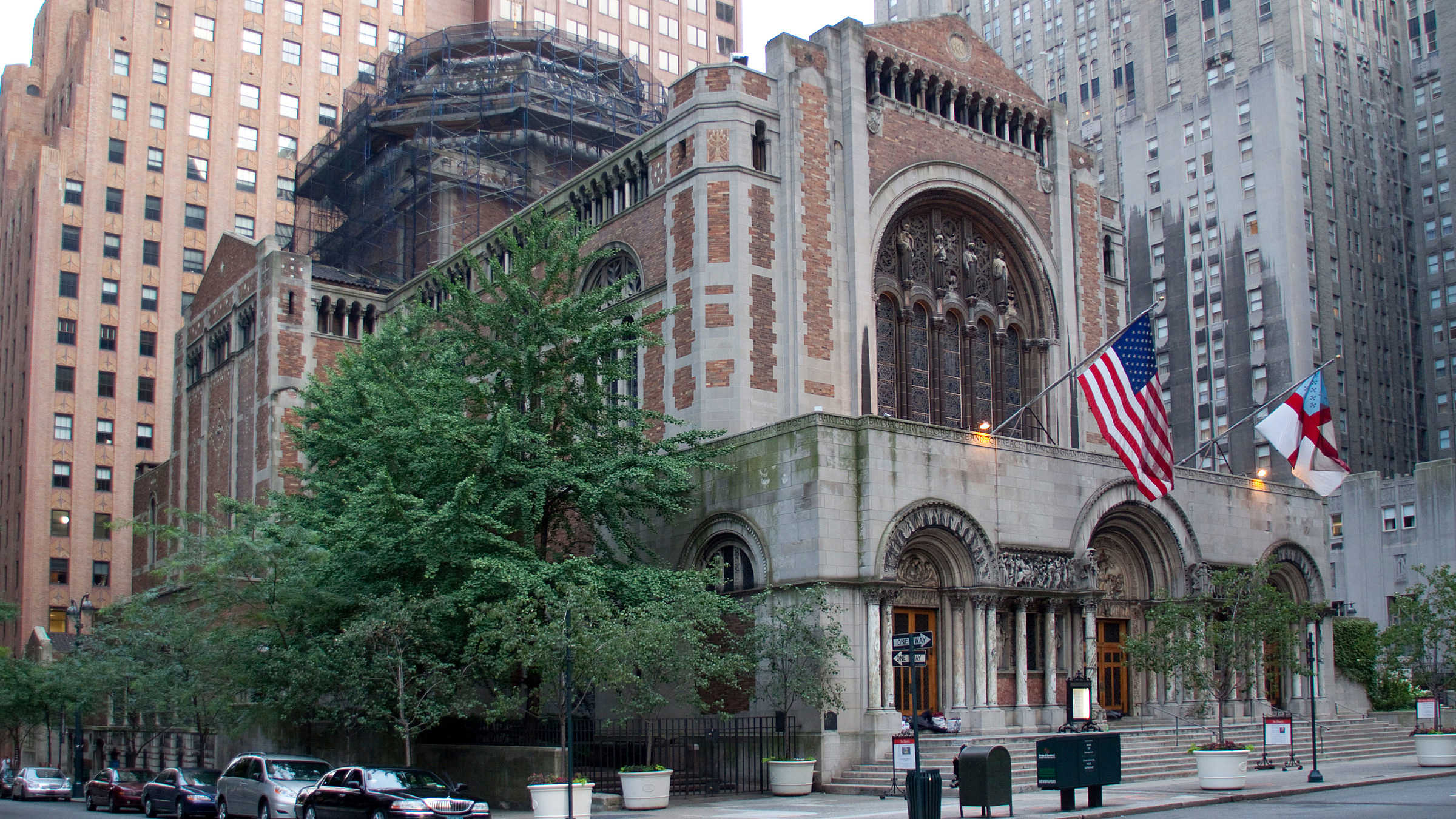 10 New NHLs St. Bartholomew's Church and Community House in New York
