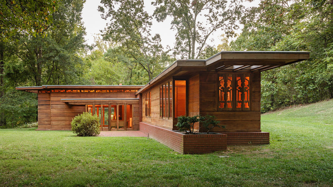 Pope leighey house prepares for frank lloyd wright 39 s 150th for Frank lloyd wright usonian home plans