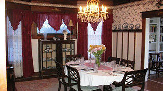 Oregon Victorian Dining Room