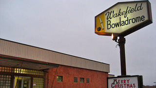 Candlepin Wakefield Bowladrome Wakefield, Mass. Exterior and Sign