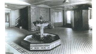 Historic photo of the fountain leading into Altria Theater's auditorium.