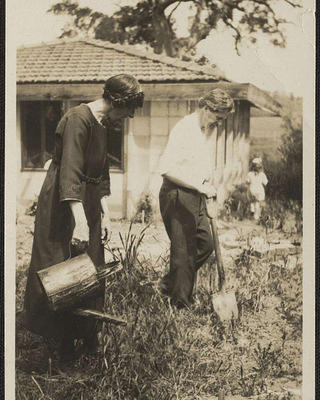 Marion Mahony Griffin and Walter Burley Griffin in Victoria, Australia, 1918.