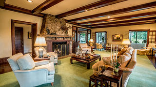 The living area epitomizes country charm.