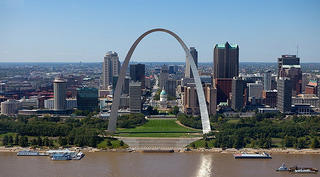An aerial shot of the Gateway Arch.