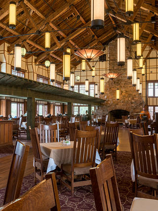 Montana S Many Glacier Hotel Is Revitalized Against The