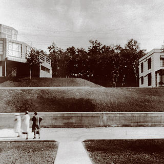 The House of Tomorrow and Armco-Ferro House as seen in 1933.