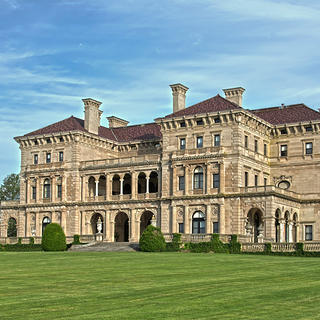 The Breakers Exterior HERO
