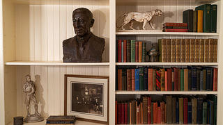 A bust and books on shelves in Wilson's private secretary's office on the first floor.