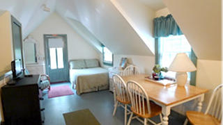 The penthouse of Shearer Cottage.