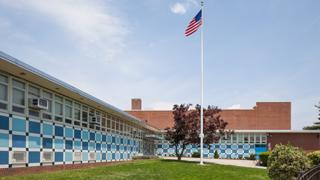 The architecture firm Fellheimer and Wagner designed Thomas A. Edison Vocational High School. The school was built in Jamaica, Queens, in 1959.
