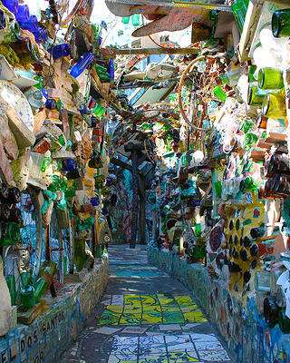 The Magicians Code How Philadelphia S Magic Gardens Is Preserved