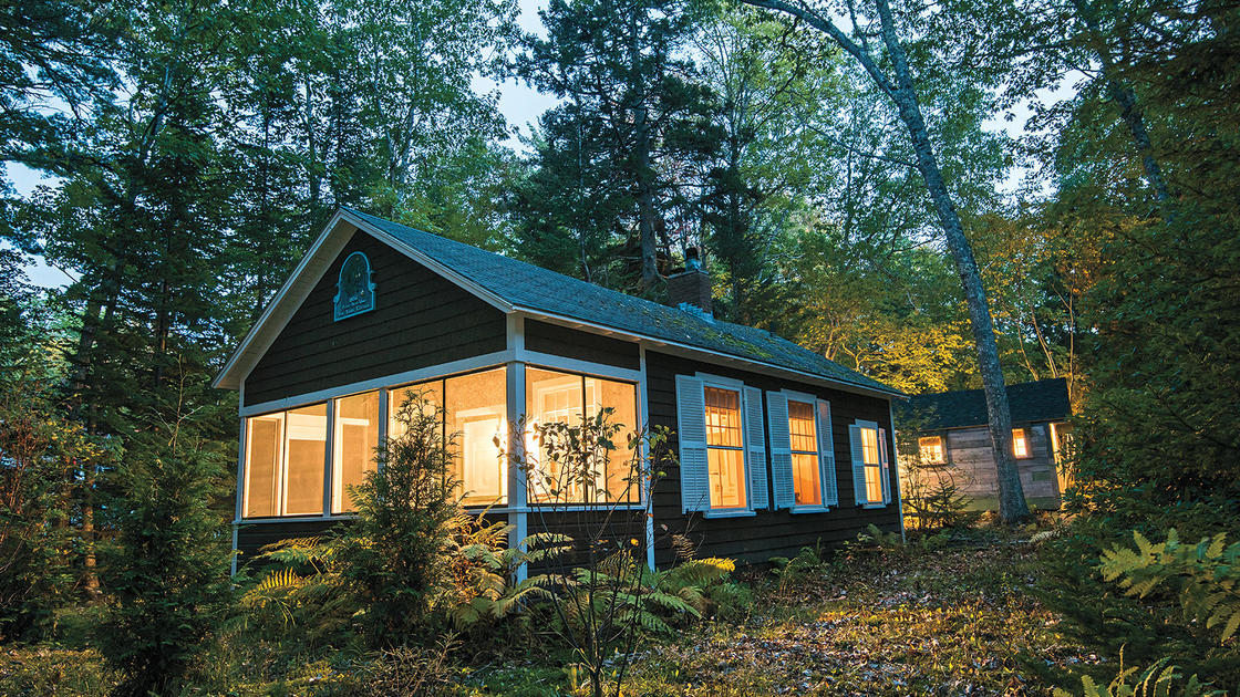 Preserving a Tiny Cottage in Maine Helped One Busy Couple Unwind