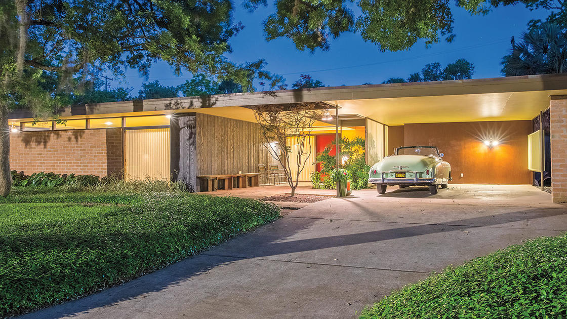 How One Houston Midcentury House Fared After Hurricane Harvey, and the Uncertain Future of Others