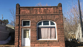The exterior of the Mellen State Bank.